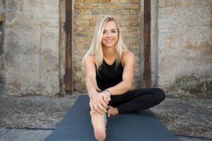 Lisa Kauff Yoga
